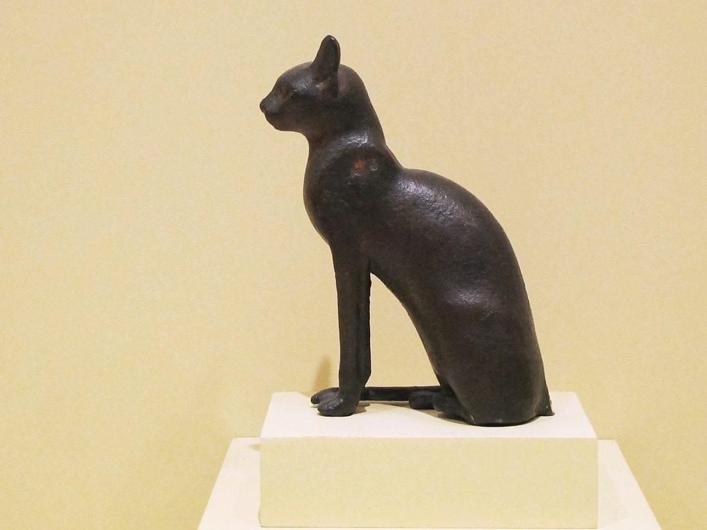 Bastet representada como un gato