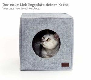 Casa cuadrada para gatos