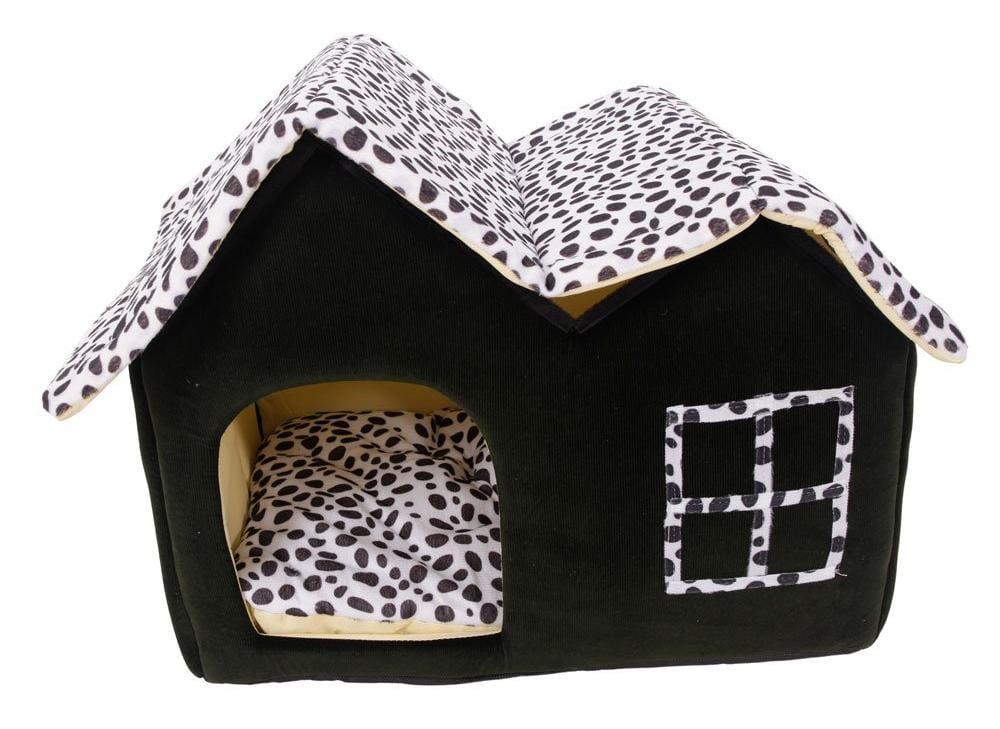 A los gatos les encanta tener una casita como refugio